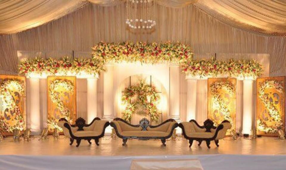 لیست باغ تالارهای اصفهان | لیست قیمت باغ تالارهای عروسی اصفهان