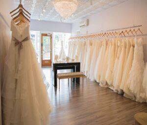 رزرو لباس عقد و عروسی در بهترین مزون های مشهد