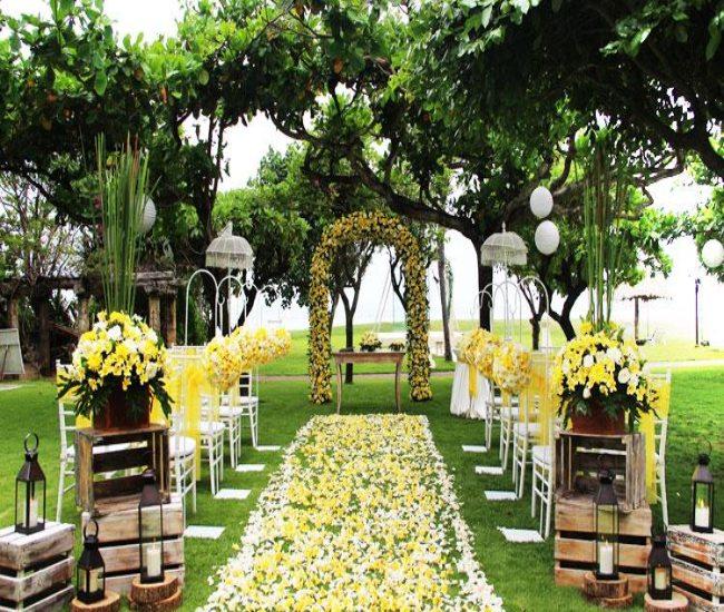 قیمت لیست بهترین لوکسترین ارزانترین خدمات تشریفات مجالس عروسی برگزاری مراسم عقد عروسی تولد مهمانی عزا ترحیم در منزل تبریز