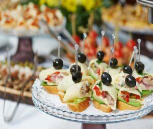 لیست قیمت ارزانترین خدمات تشریفات مراسم مجالس عروسی در منزل قم | لیست بهترین خدمات تشریفات مجالس عروسی در منزل قم