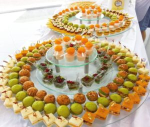 لیست بهترین خدمات تشریفات مجالس عروسی در منزل کرمان   لوکس ترین تشریفات مجالس مهمانی عقد عروسی در منزل کرمان
