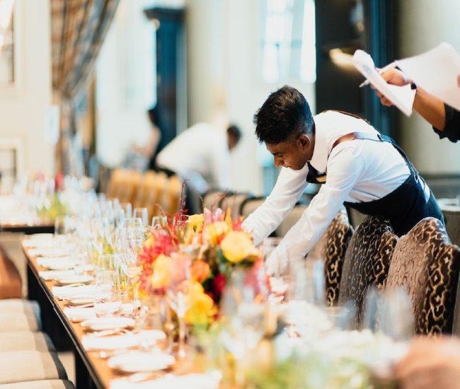 لیست بهترین لوکسترین قیمت رزرو اجاره خدمات تشریفات مجالس ارزان برگزاری همایش مراسم عقد عروسی تولد عزا ختم ترحیم ارومیه
