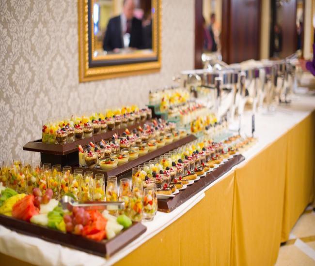 لیست قیمت بهترین ارزانترین خدمات تشریفات مجالس برگزاری مراسم عقد عروسی تولد مهمانی عزا ترحیم ختم در کرمان