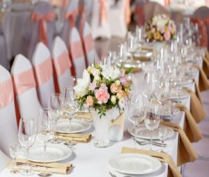 لیست قیمت بهترین ارزان ترین شرکت و موسسه های تشریفات مجالس برگزاری همایش و مراسم عروسی مهمانی تولد عزا ختم ترحیم قم