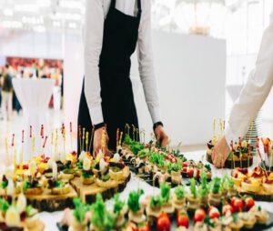 موسسه ها و شرکت های خدمات مجالس تشریفات برگزاری مراسم عروسی تولد مهمانی عزا ختم اصفهان