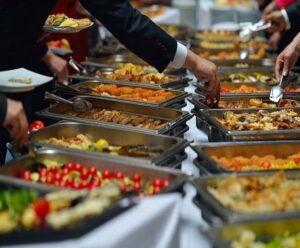 اجاره کرایه ظرف ظروف اندیشه   کرایه اجاره میز صندلی شهریار   لوکس ترین ظرف ظروف میز صندلی تولد عروسی اندیشه شهریار
