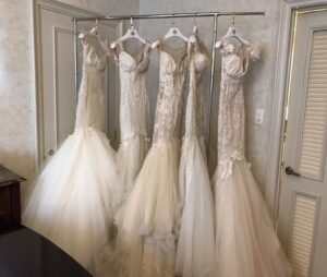 لیست بهترین و ارزانترین مزون های اجاره فروش لباس عقد عروسی رشت   لیست بهترین ارزانترین قیمت لباس مانتو مجلسی عقد رشت