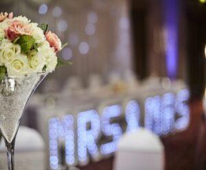 کرایه میز صندلی چوبی فلزی لوکس تشریفات مجالس عروسی تولد مهرشهر کرج | اجاره ظرف ظروف شیک و ارزان عروسی تولد مهرشهر