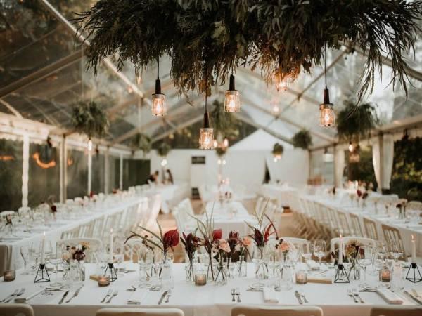 اجاره میز صندلی چوبی پلاستیکی فلزی لهستانی تاشو غرب شرق شمال جنوب تهران کرایه ظرف ظروف عروسی منطقه 1 2 3 4 5 6 7 22