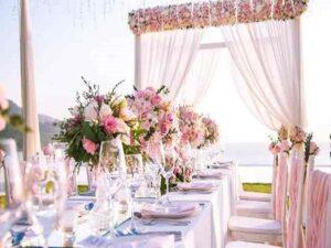بهترین گل فروشی های بندرعباس جهت سفارش دسته تاج باکس گل آرایی مراسم تولد عروسی گل کاری ماشین عروس بندر عباس هرمزگان