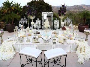 سفارش دسته باکس تاج گل و گل آرایی گل کاری مراسم تولد ماشین عروسگل فروشی سنندج کردستان | گل آرایی سفره اتاق عقد سنندج