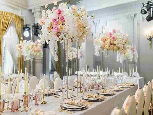 لیست بهترین گل فروشی های شیراز | گل آرایی باغ تالار عروسی و گل کاری ماشین عروس در شیراز | اجاره خنچه سفره عقد شیراز