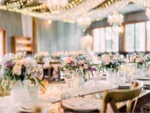 لیست قیمت بهترین گل فروشی های یزد جهت گل کاری تالارها و سالن های عروسی و گل آرایی ماشین عروس در محل در یزد میبد اردکان