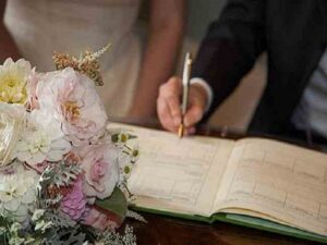 لیست قیمت رزرو محضر دفاتر ثبت احوال عقد عروسی ازدواج طلاق شیراز استان فارس | لیست مراکز رسمی ازدواج دائم موقت شیراز