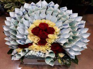 گل آرایی و تزئین پول برای عروسی و تولد کیش