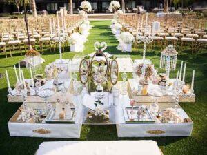 گل فروشی و گل آرایی مجالس تولد مراسم عروسی شیراز   گل آرایی گل کاری ماشین عروس شیراز   کرایه اجاره سفره خنچه عقد شیراز