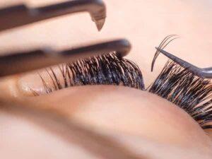 بهترین آرایشگر زن میکاپ عروس آرایشگاه بانوان همدان پاکسازی پوست نهاوند فر رنگ کوتاهی کراتینه اصلاح مو ابرو تویسرکان