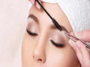 خدمات آرایشی بهداشتی بانوان عروس در منزل صفاییه یزد | انجام رنگ فر کراتینه اصلاح مو ابرو آرایش میکاپ عروس یزد در منزل