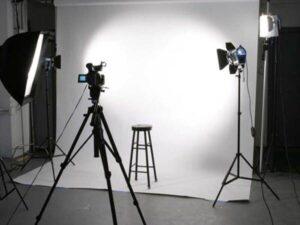 آتلیه عکاسی فیلمبرداری مجالس کودک بانوان خانوادگی بارداری کودک اسپرت قم   آتلیه های مذهبی صنعتی باجک قم   عکاسی قم